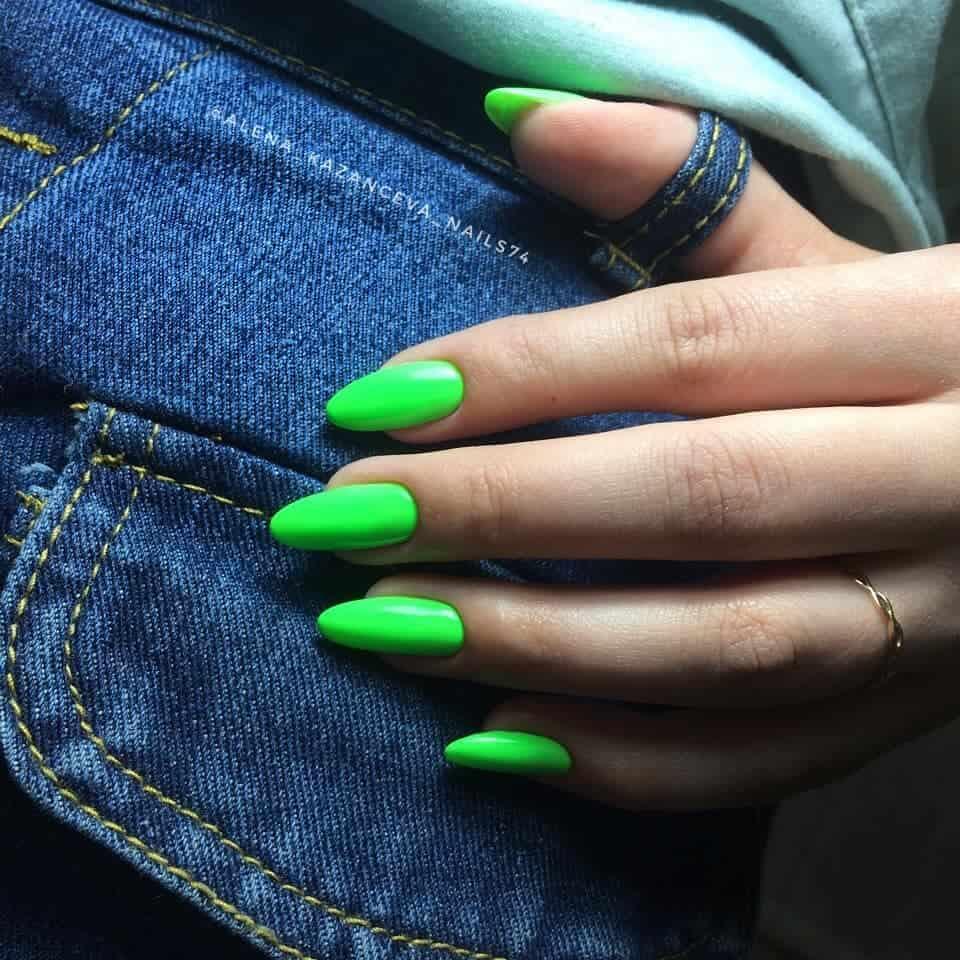 Uñas-de-moda-2022;-tendencias-de-manicura-de-moda-y-hermosa