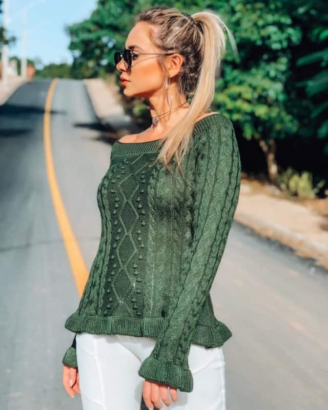 Blusas-de-moda-2020;-tendencias-de-blusas-para-mujer-2020