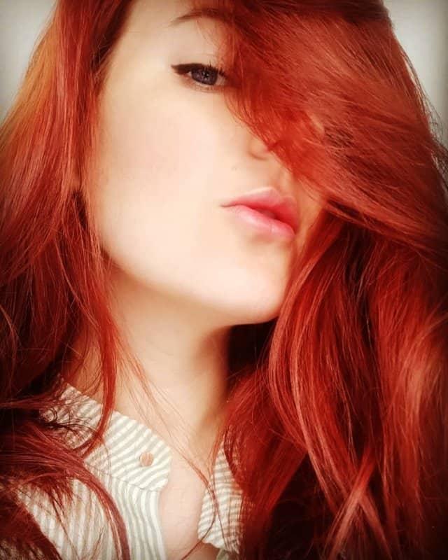 Tonos-de-cabello-rojo-Tendencias-contemporáneas-para-mujeres-y-chicas