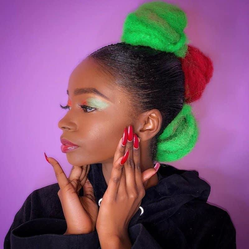 Peinados-navidad-2020:-Ideas,-fotos-y-consejos-útiles-para-las-mujeres
