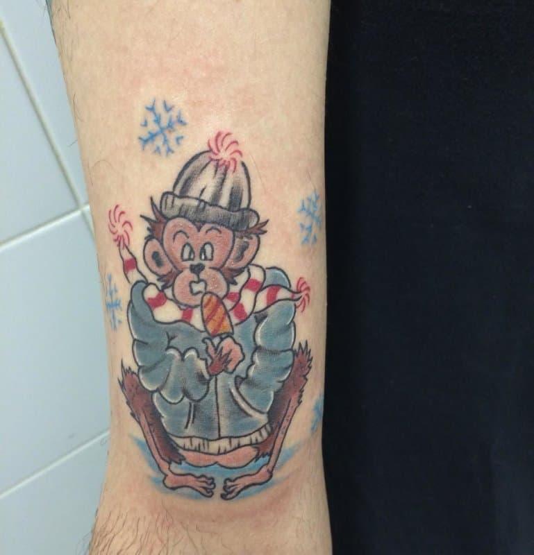 Tatuaje-copo-de-nieve-Corrientes-interesantes-para-chicas-modernas