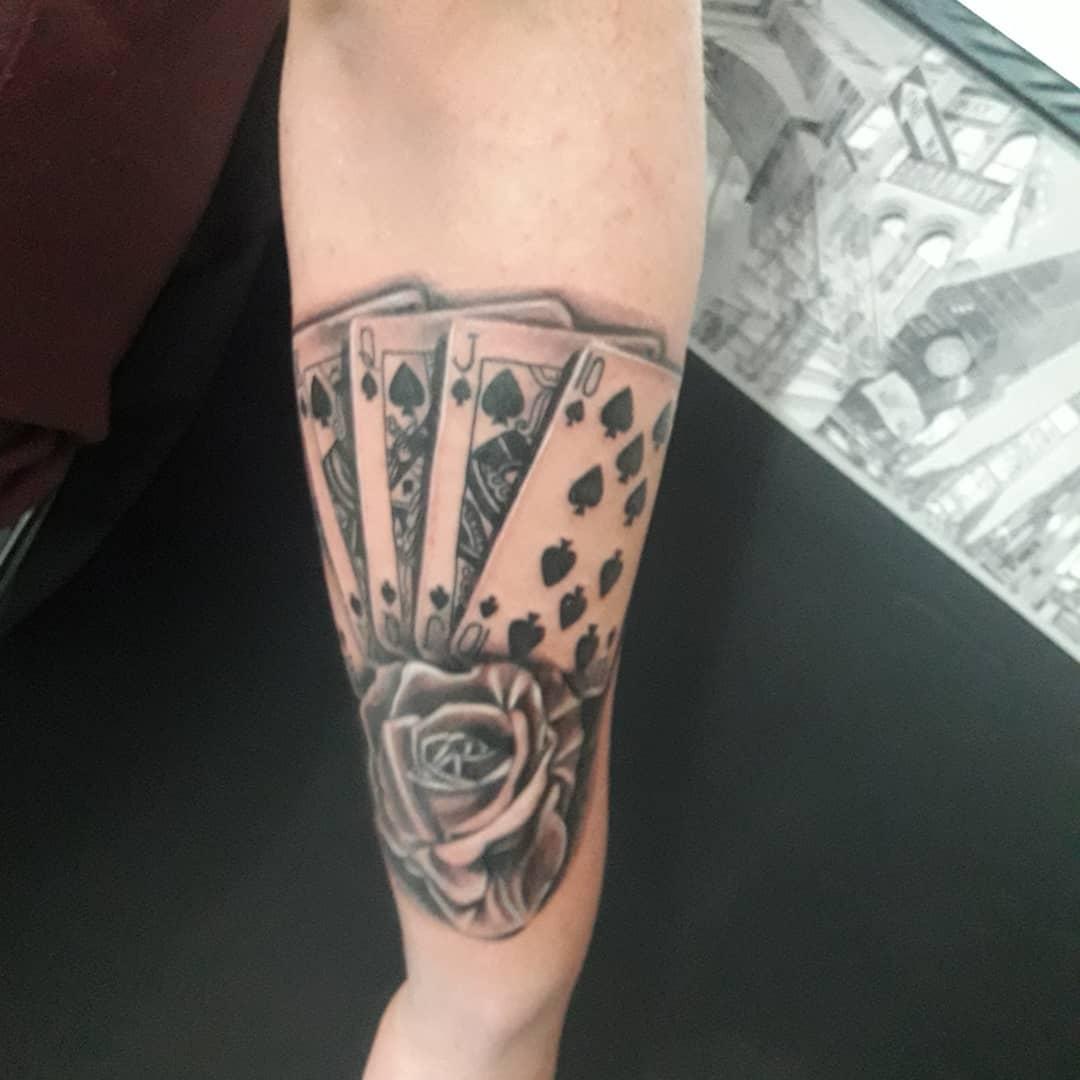 Tatuajes-para-hombres-en-el-brazo-Diseños-únicos-e-ideas-geniales