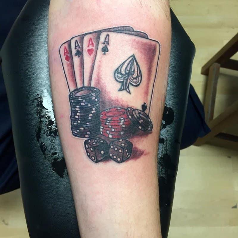 Tatuajes-de-cartas-Diseños-de-tatuajes-de-cartas-de-juegos-y-significados-de-estos