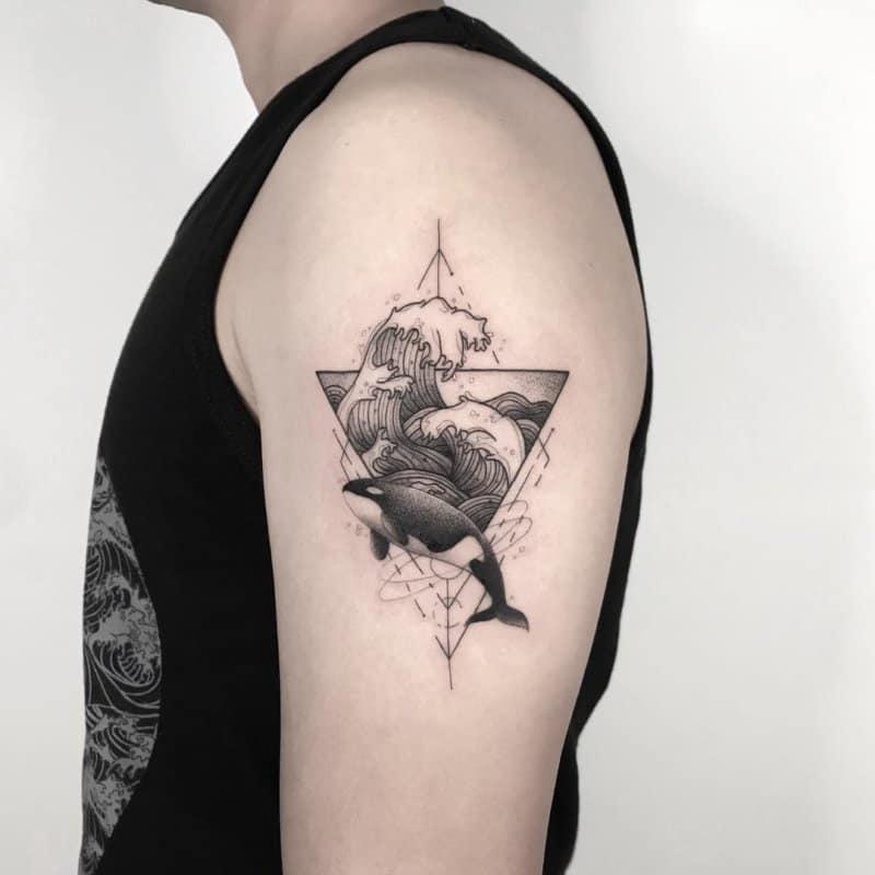 Tatuajes-de-olas-Las-orientaciones-contemporáneas-para-los-tatuajes-de-olas