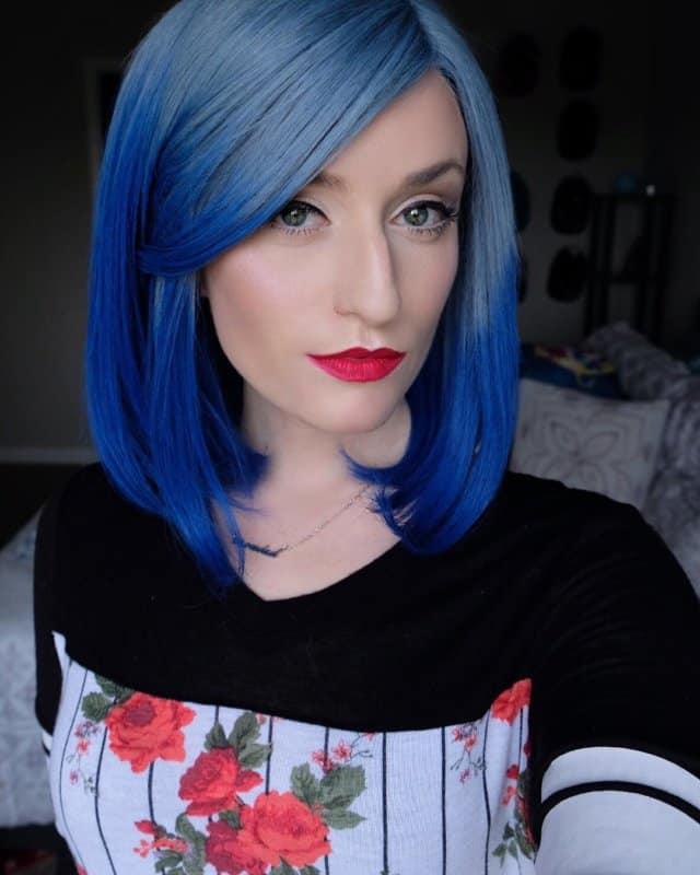 Cabello-azul-El-color-de-pelo-más-fabuloso-y-de-moda-para-las-mujeres