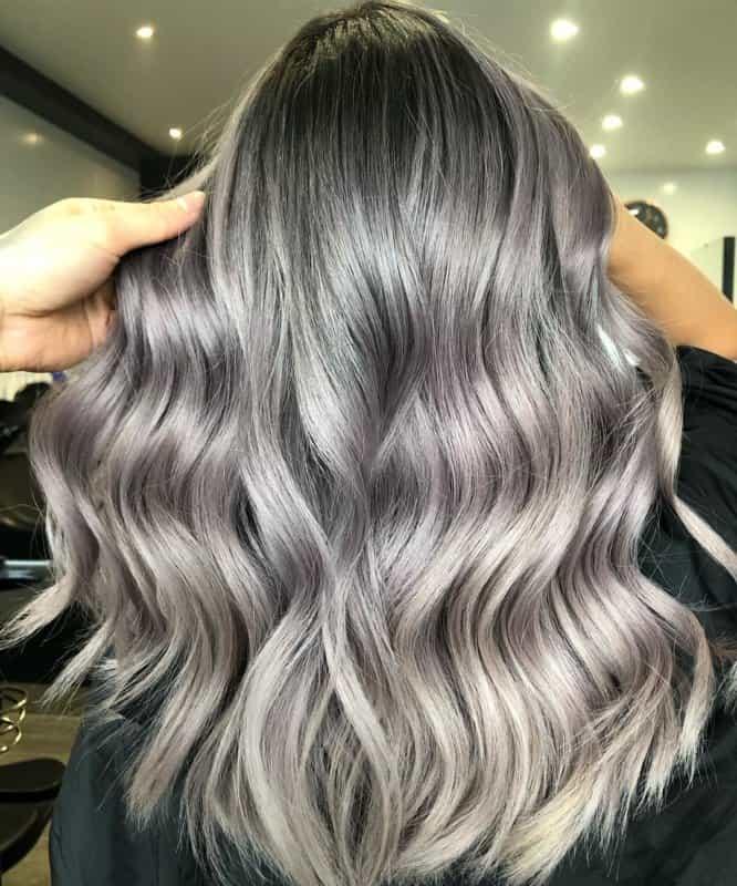 Cabello-plateado-Secretos-inusuales-de-color-plateado-cuidado-de-cabello