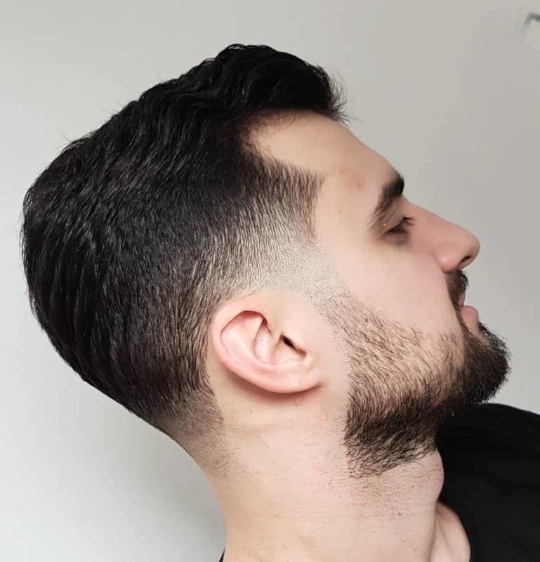 Fade-cortes-de-pelo-Tecnología-de-ejecución-y-tipos-de-cortes-de-hombres