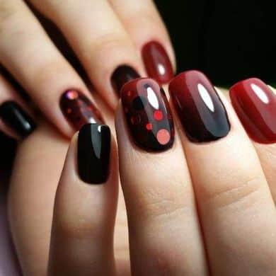 Uñas largas 2019- mezcla de rojo y negro de moda