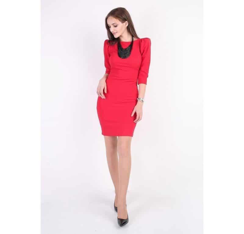 Moda para niñas 2019- color rojo de moda en vestidos