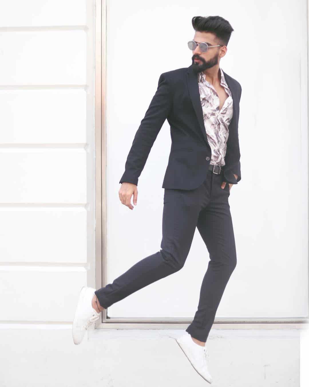 Trajes de hombre 2019- elegancia se crea con el color negro