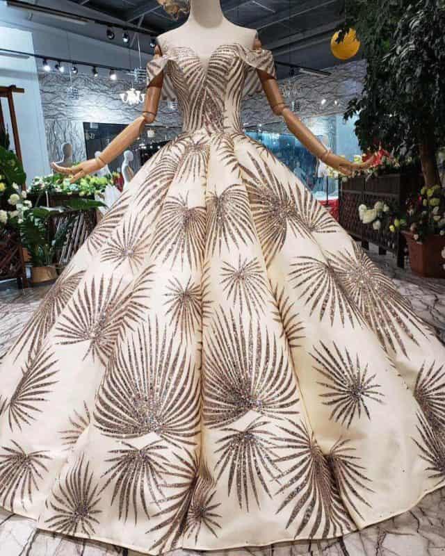 Vestidos de noche 2019- elegancia en los vestidos de fiesta