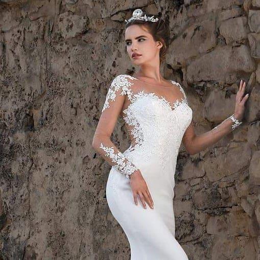 Vestidos de novia 2019- vestido blanco clasico muy de moda