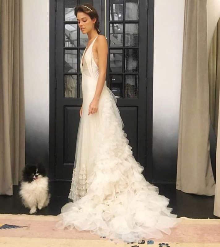 Vestidos de novia 2019- elegancia y lujo en un ugar