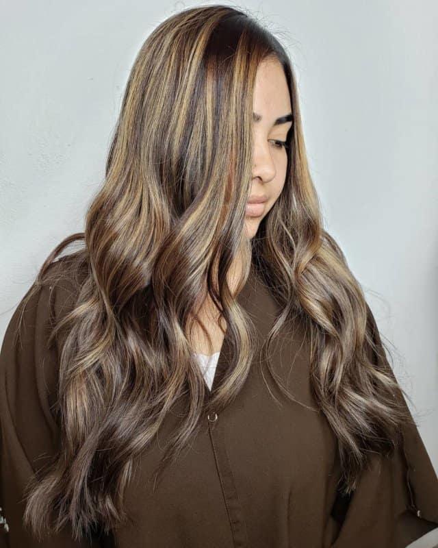 Aceite-de-semilla-de-uva-para-el-cabello-Tratamiento-capilar-para-mujeres