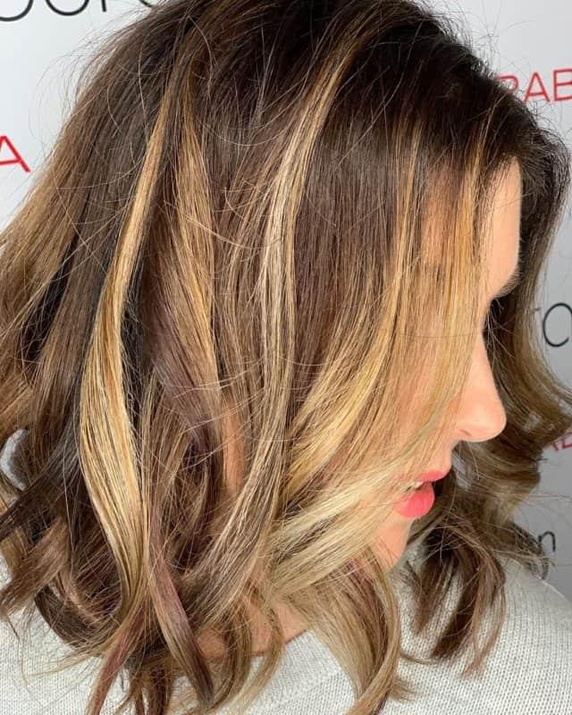 Color-de-pelo-balayage-Colores-de-balayage-de-moda-para-su-estilo-únic
