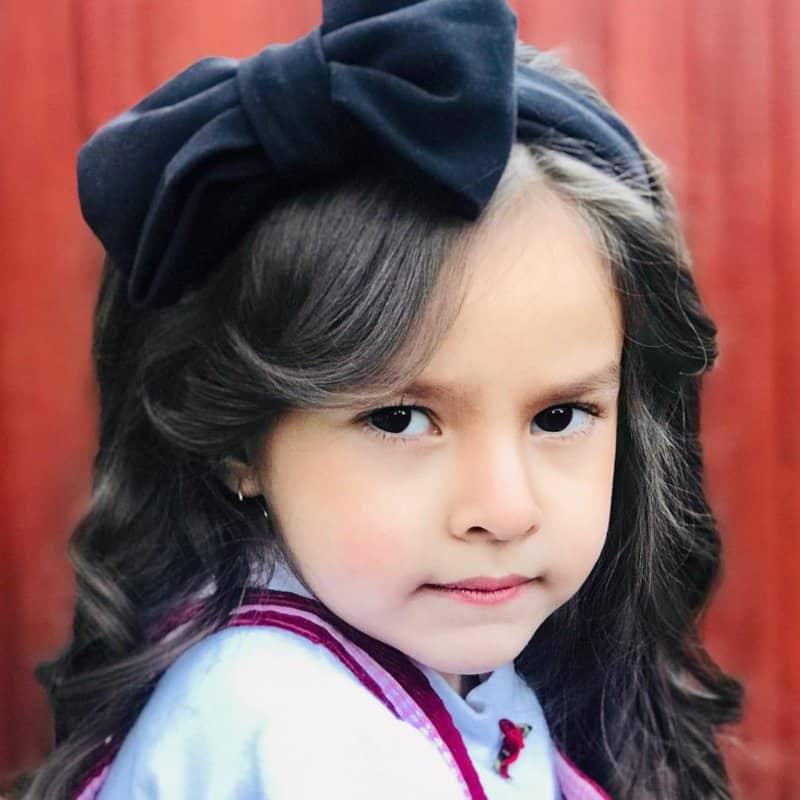 Peinados-de-princesas-Nuevas-tendencias-de-pelo-para-niñas-modernas